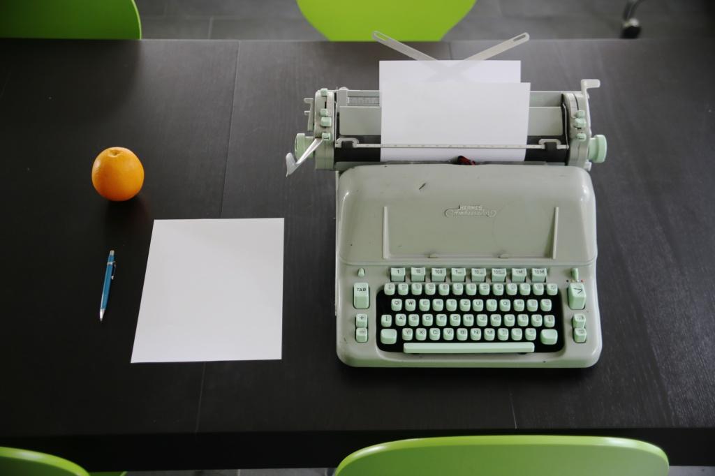 typewriter-IMG_6151